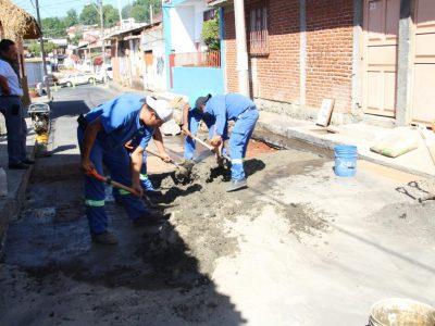 Capasu atiende reportes de la ciudadanía y realiza reparaciones en drenajes y tuberías de agua potable